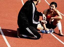 Collaborate with professional Spanish trainers on athletics camp in Barcelonas